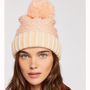 • free people • river locks pompom beanie